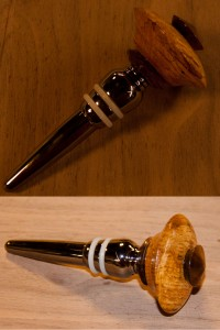 375 Year Old Oak & King's Walnut Wine Stopper